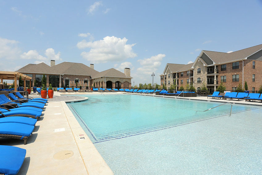 The pointe at bentonville home property management the for Bentonville pool